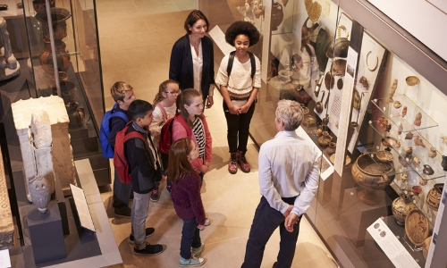 Young people visit to museum